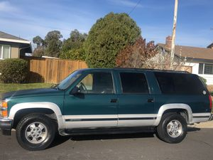 1996 Chevy suburban 4X4 for Sale in Concord, CA