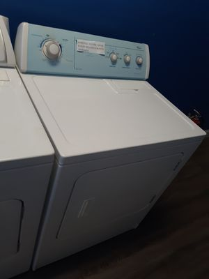 WHIRLPOOL ELECTRIC DRYER WORKING PERFECTLY W/4 MONTHS WARRANTY for Sale in Baltimore, MD