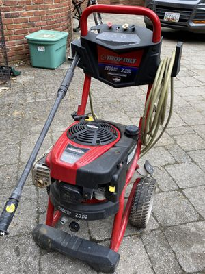 Troy Bilt 2800 psi pressure washer runs great for Sale in Crownsville, MD