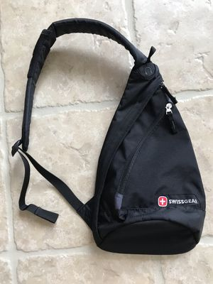 Swiss Gear Crossbody Bag - One Strap Backpack - Black for Sale in Winchester, CA
