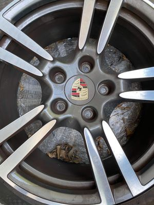 "20"" OEM Porsche Cayenne Rims and Tires 255/40 ZB20 and 255/40 ZP20 for Sale in Santa Ana, CA"