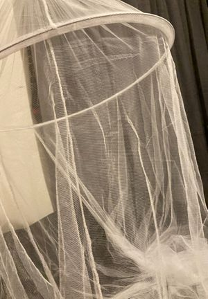 white canopy bed net. for Sale in Mount Morris, MI