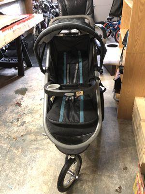 Jogging stroller for Sale in Ballston Spa, NY