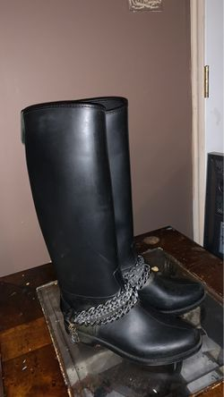 Love moschino boots for Sale in Martinsburg,  WV