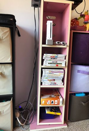 pink swivel wooden bookshelf. for Sale in Miami, FL