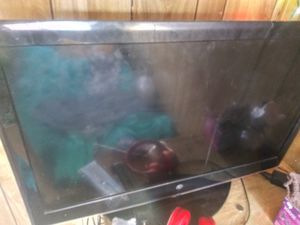 Tv W for Sale in Aurora, CO