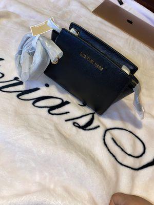 Michael Kors mini bag for Sale in Concord, CA