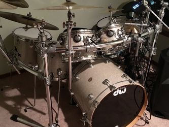 DW Collector's Series Drum Set for Sale in Lynnwood,  WA