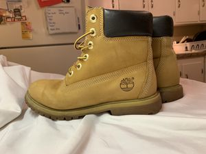 Women's Timberland Boots | size 7 for Sale in Berea, OH