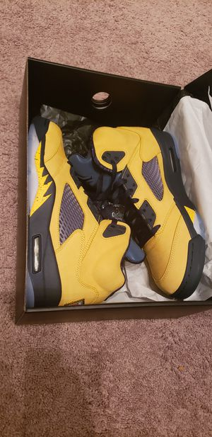 Jordan 5 michigan for Sale in Federal Way, WA