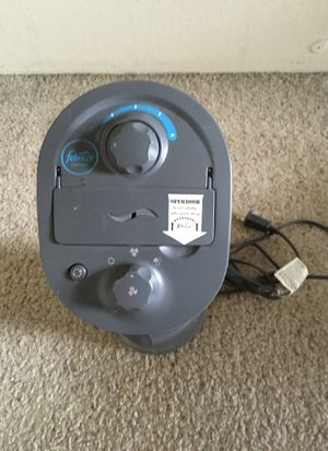 Honeywell with Febreze Mini Tower Fan in Graphite with Febreze Freshness™ Scent Control Dial. for Sale in Denver, CO