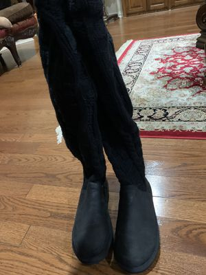 UGG Boots - Like New for Sale in Richardson, TX