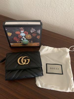 Gucci Medium Marmont 2.0 Leather Bifold Wallet for Sale in El Segundo, CA
