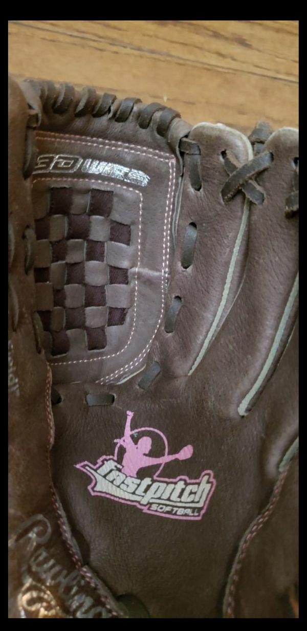 Girls Youth Softball Glove