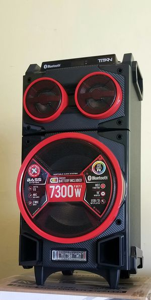 """10"""" speaker with bluetooth, FM radio, USB connection, rechargeable battery, microphone included, and LED lights. Brand New. for Sale in Virginia Gardens, FL"""