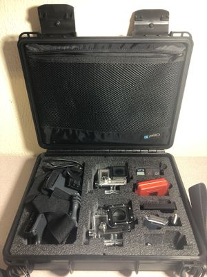 GoPro Hero 3+ BUNDLE AMAZING COND for Sale in Dallas, TX