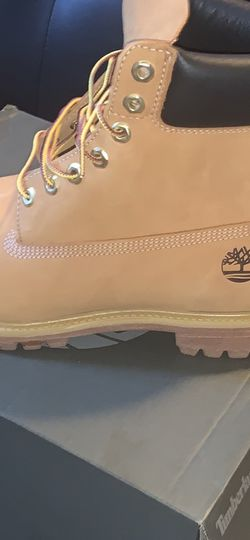 Timbs for Sale in Philadelphia,  PA
