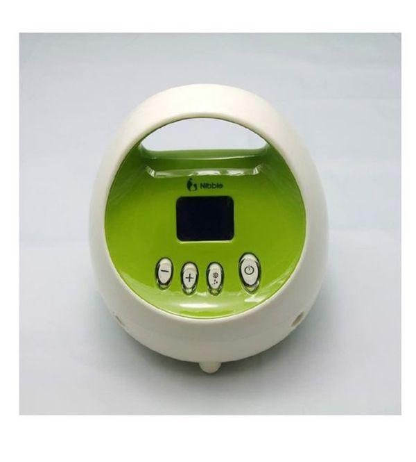 Nibble electric breast pump
