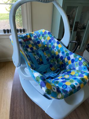 Babydoll car seat for Sale in Woodinville, WA