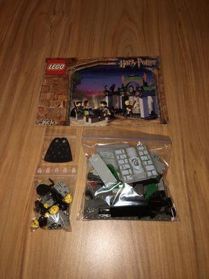 Lego Harry Potter Slytherin 4735 for Sale in Fordland, MO