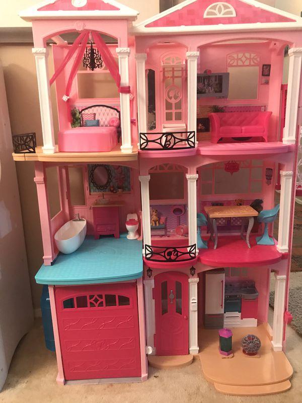 Dream Barbie house