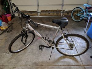 Men Columbia bike for Sale in Tacoma, WA