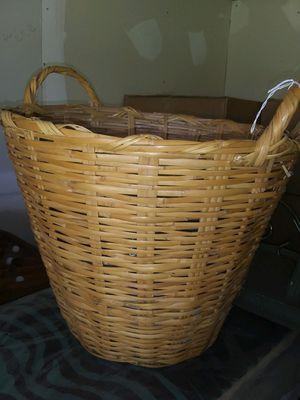Wicker basket for Sale in Clanton, AL
