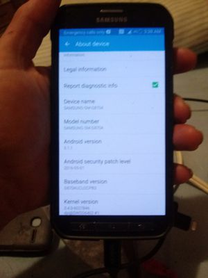 Samsung Galaxy S5-Active 16 GB At&T Smartphone camo back small crack for Sale in Albuquerque, NM