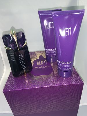 Alien Mugler Women's perfume set for Sale in Ocoee, FL