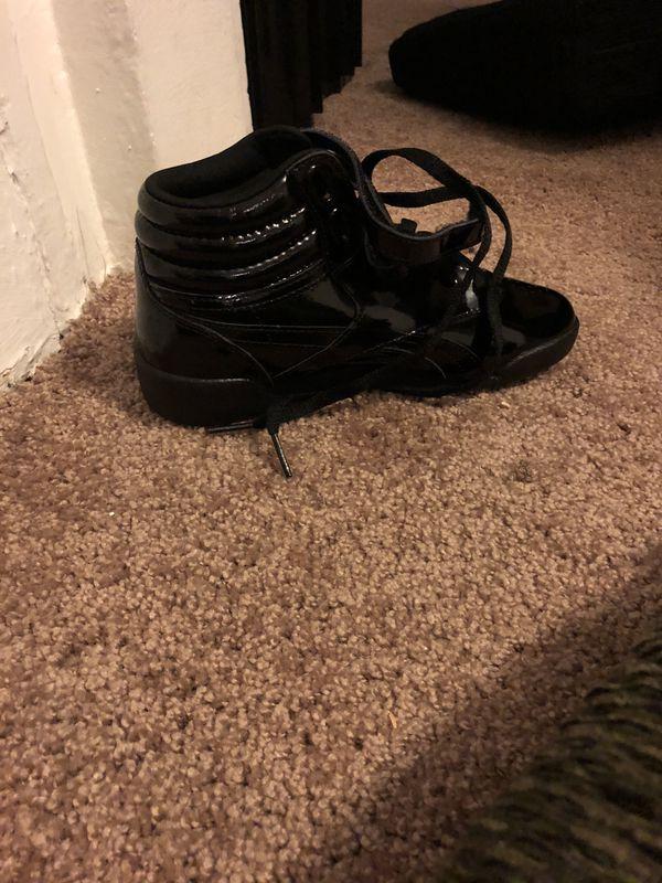 Kids Black Patent Leather Reebok's - Size 2