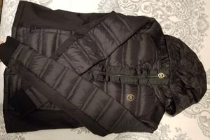 Michael kors size s jacket used in good condition for Sale in Marietta, GA