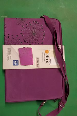 New laptop notebook carrying case for 16 an 17 inch units for Sale in Carlsbad, CA