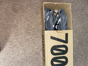 Yeezy 700 vanta!!! HMU!! Yes I do trades I mainly want to trade! for Sale in Tinicum Township, PA