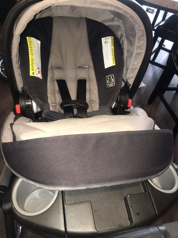 Graco jogger with 2 spare tires and car mirror to see baby