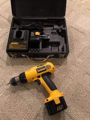 Dewalt adjustable clutch cordless drill for Sale in Albany, NY