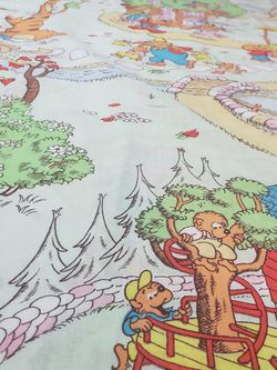 BERENSTAIN BEARS for Sale in Woodway,  WA