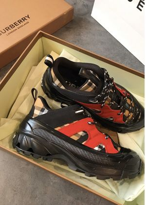 Burberry shoes size 11 men for Sale in Claremont, CA