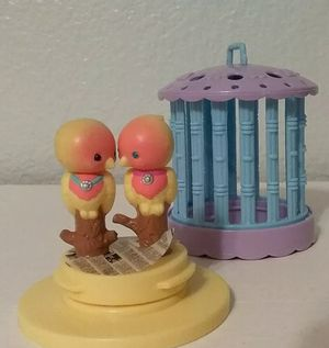 "Vintage G1 My Little Pet Shop, Caged Love Birds, 3"" toy figure for Sale in Riverside, CA"