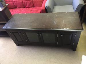 Insignia Tv stand on Sale $40 Come shop ZBD Warehouse for Sale in Norcross, GA