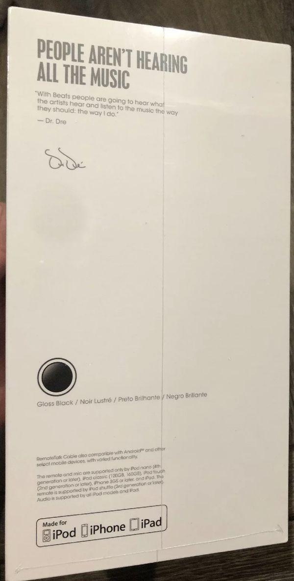 Beats Solo³ Wireless Headphones - Gloss Black