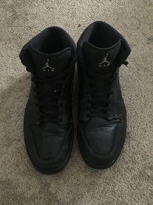 JORDAN 1 MID ALL BLACK size 9 1/2 for Sale in Chula Vista, CA