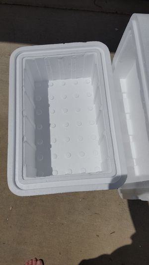 STYROFOAM COOLER for Sale in Escondido, CA