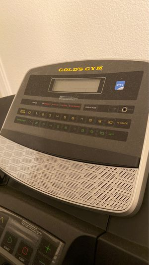 Treadmill Gold's Gym for Sale in Dinuba, CA