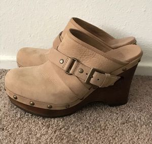 UGG leather and sheepskin booties clogs slip on for Sale in Woodland, CA