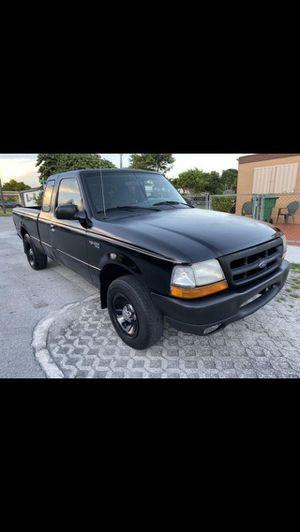 good ford ranger 2000 buen ford ranger 2000 for Sale in Miami, FL