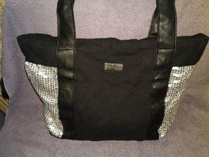 Adam Levine tote bag for Sale in Lawrenceville, GA