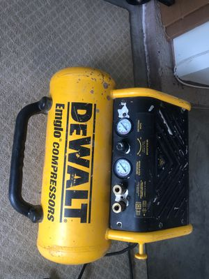 DeWalt English Air Compressor for Sale in Sioux Falls, SD