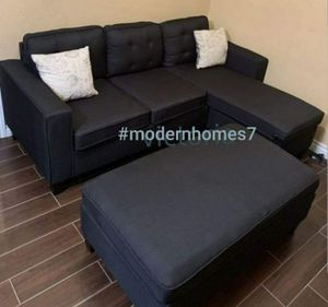 Black linen sectional sofa with ottoman convertible sleeper couch with 2 plows for Sale in Buena Park, CA