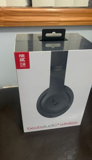 Beats Studio 3 Brand New With Plastic On for Sale in Brooklyn, NY