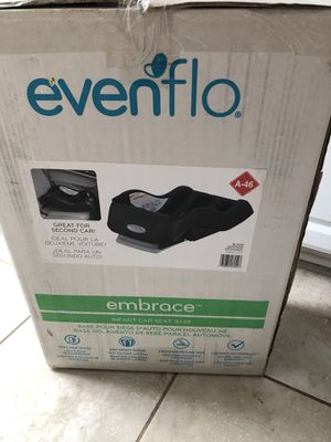 Evenflo Embrace car seat base NEW for Sale in Riverview, FL